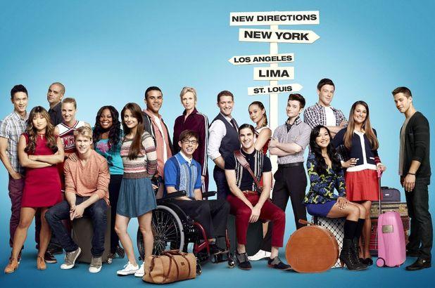 ustv_glee_season4_cast_poster